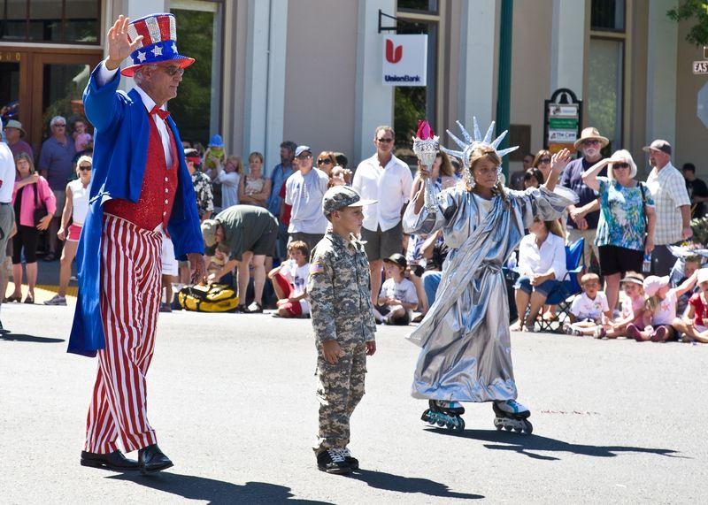 Sonoma Parade-9111
