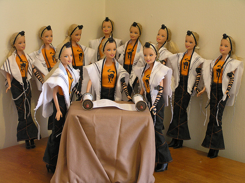 Tefillin_barbies