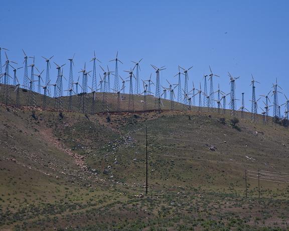Tehachapi Pass windmills-3488