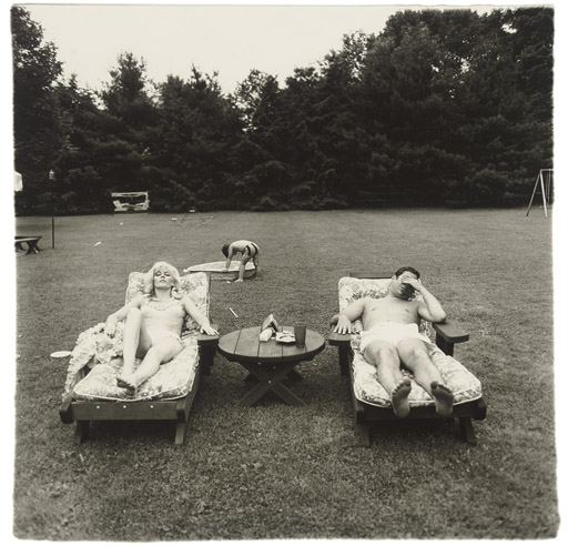 A-family-on-their-lawn-one-sunday-in-1968