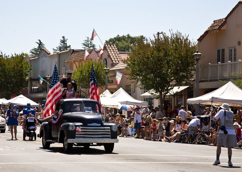 Sonoma Parade-9113