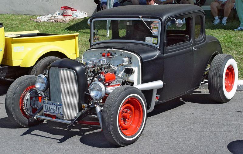 1932-Ford-5-Window-Coupe-Matte-Black-FA-sy